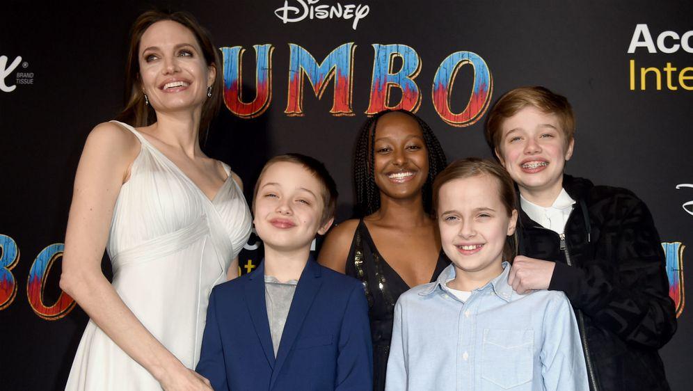 Angelina Jolie s djecom na premijeri filma 'Dumbo'