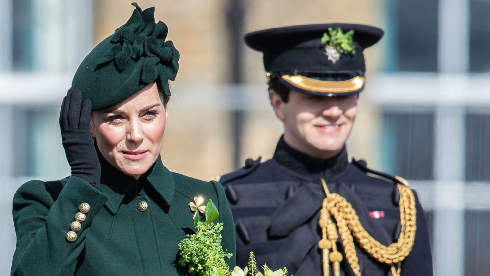 Catherine Middleton odjenula je zelenu kombinaciju povodom Dana svetog Patrika