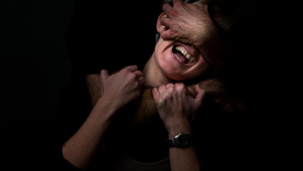Nasilje, ilustracija (Foto: Davor Puklavec/Pixsell)