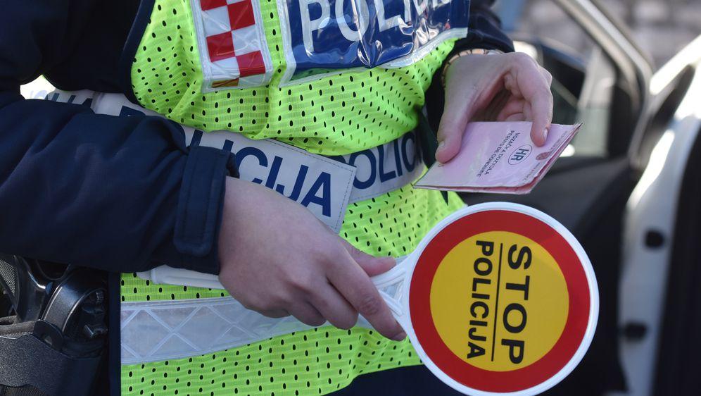 Prometna policija, ilustracija (Foto: Pixsell,Hrvoje Jelavic)