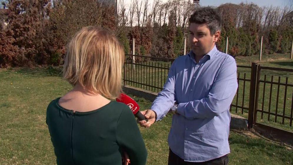 Vanja Margetić intervjuira žrtvu pijane kume ministirice Žalac (Foto: Dnevnik.hr)