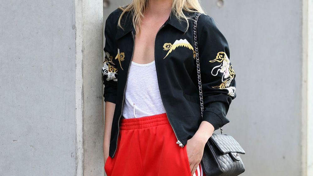 Kada biraju jaknu, mnogi žele model koji će pasati uz razne odjevne kombinacije, kao i obuću