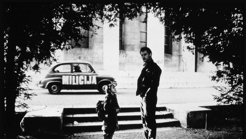 Kultna fotografija Branimira Johnnyja Štulića ispred tise kod Meštrovićeva paviljona