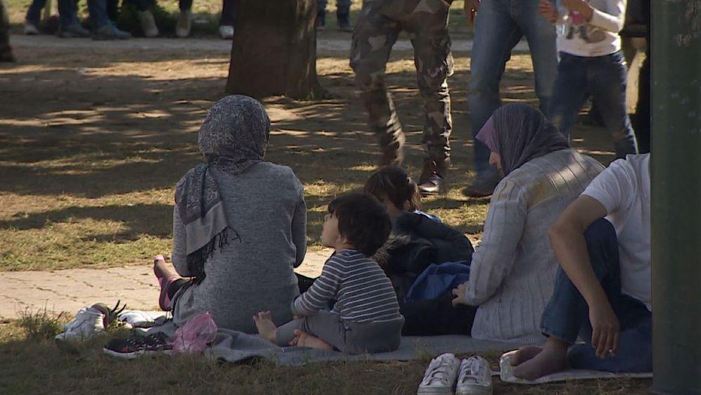 Tisuće izbjeglica iz BiH preko Hrvatske žele do zapadne Europe (Foto: Dnevnik.hr)