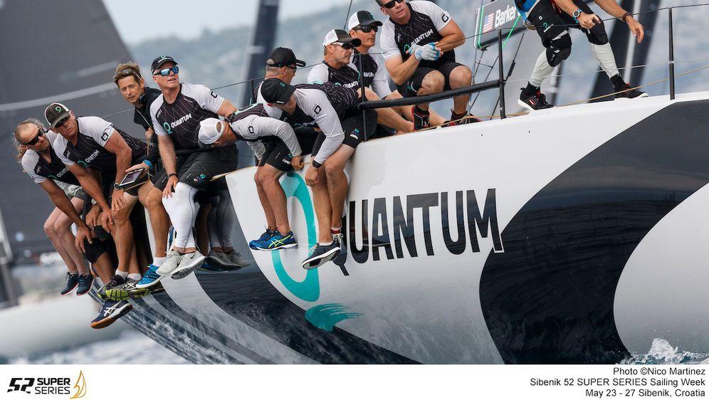 Quantum Racing tim na Šibenik 52 SUPER SERIES Sailing Weeku (Foto: Nico Martinez)