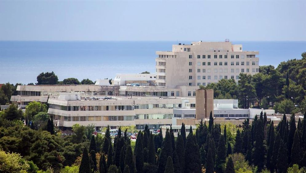 Dubrovačka bolnica (Foto: Grgo Jelavic/PIXSELL)