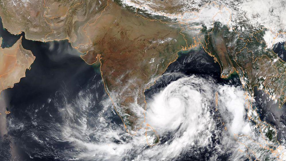 Tajfun Fani (Foto: AFP)