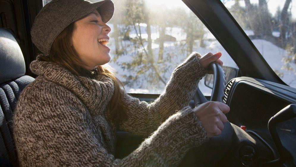 Pjevanje za volanom (Foto: Profimedia)