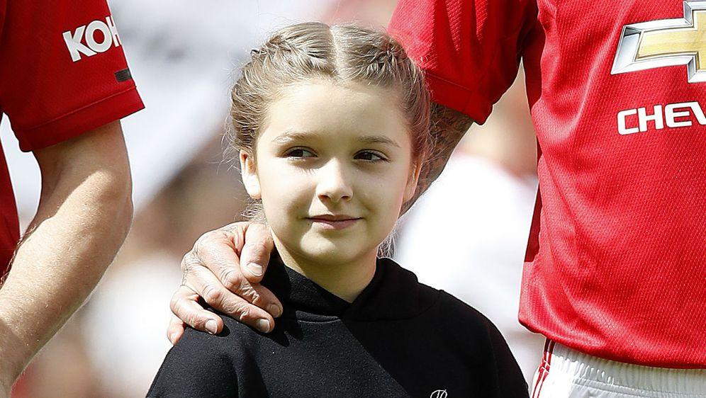Harper Seven s tatom Davidom Beckhamom na humanitarnoj utakmici