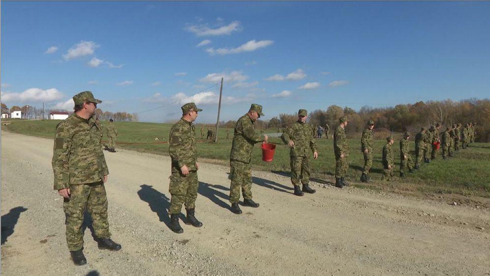 Vojska za elementarne nepogode i katastrofe (Foto: Dnevnik.hr) - 1