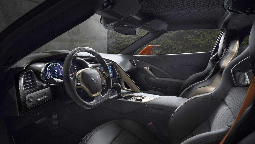 Corvette ZR1 - američka ljubimica dobila je krila i monstruozno srce - 6