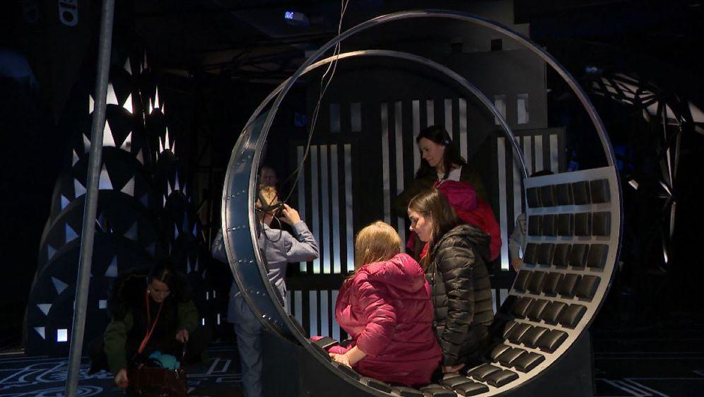 Otvorena izložba 'Nikola Tesla - A Mind from the Future (Foto: Dnevnik.hr) - 6