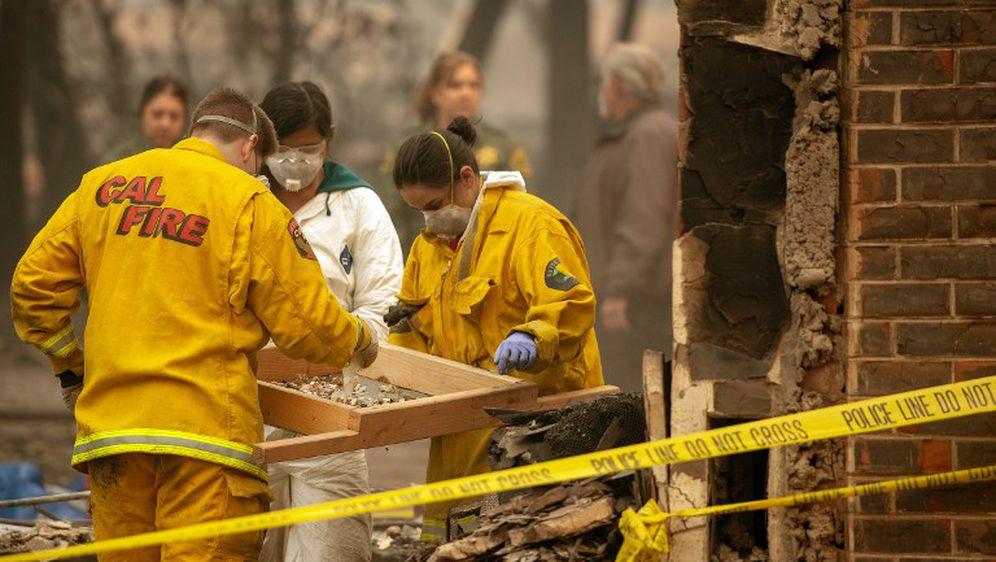 Strašan požar u Kaliforniji (Foto: AFP) 1