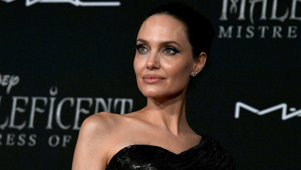 Angelina Jolie na premijeri filma 'Gospodarica zla 2' u Los Angelesu
