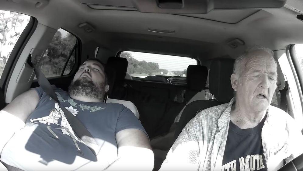 Zaspao za volanom (Foto: Screenshot/YouTube)