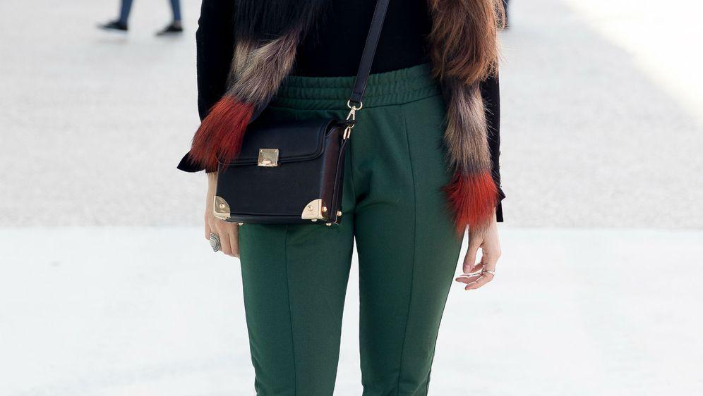 U današnjim trendovima već je uobičajeno da i elegantni modeli hlača imaju elastični struk