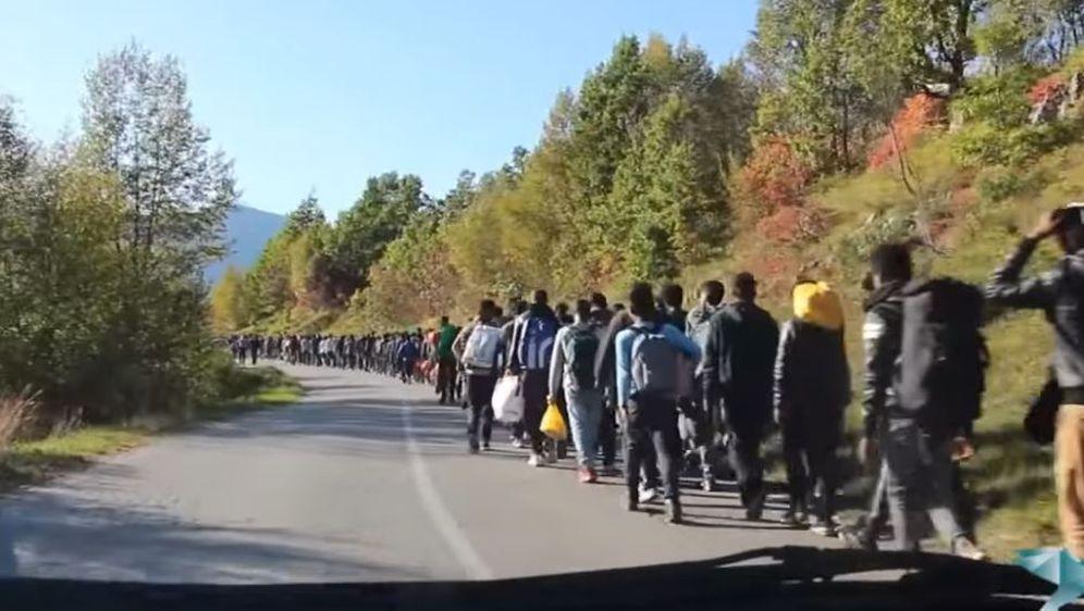 Premještanje ilegalnih migranata (Screenshot: USKinfo.ba)