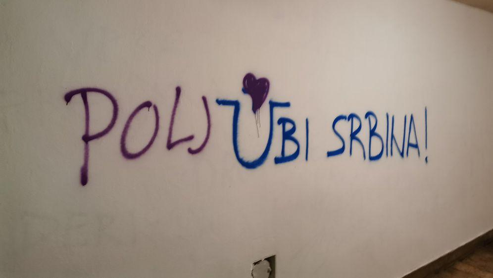 Prepravljeni grafit \'Ubi Srbina\' (Foto: Jure Zubčić/Twitter)