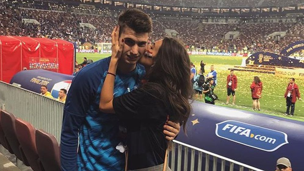 Dominik Livaković i Helena Matić (Foto: Instagram)