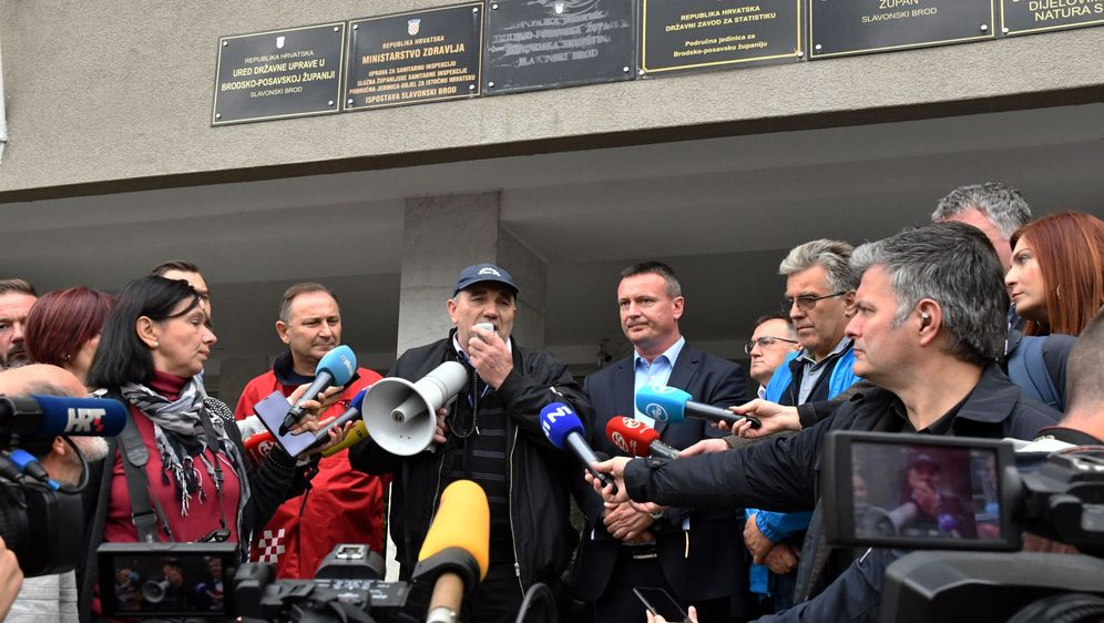 Štrajk radnika Đure Đakovića (Foto: Ivica Galovic/PIXSELL)