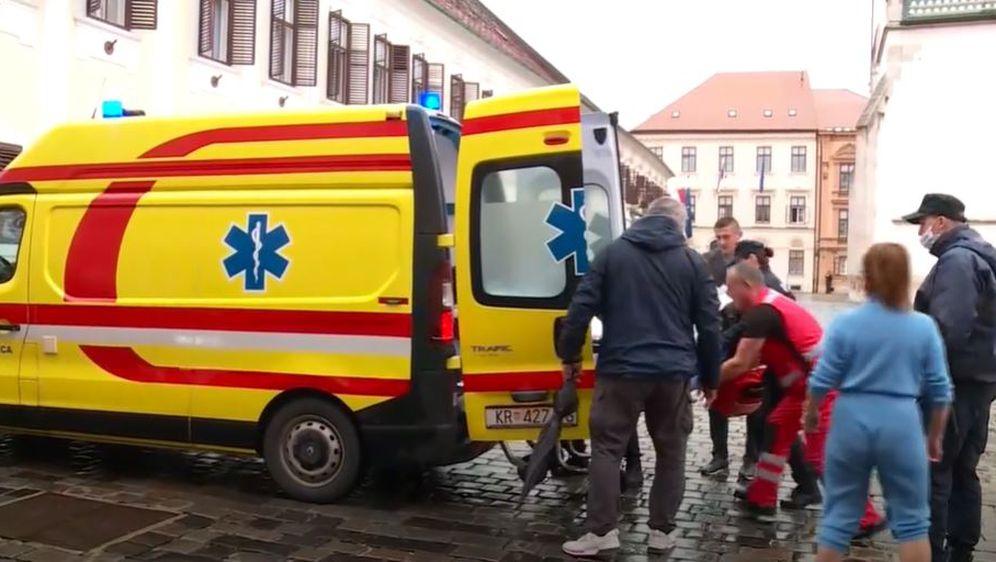 Ranjeni policajac sanitetskim vozilom prevezen u bolnicu
