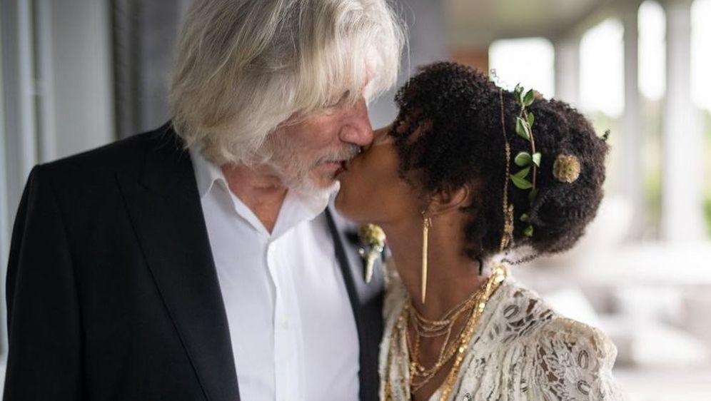 Roger Waters i Kamilah Chavis