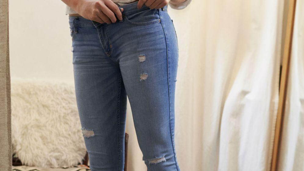 Mnoge žene traže traperice koje će 'oblikovati' i proljepšati figuru