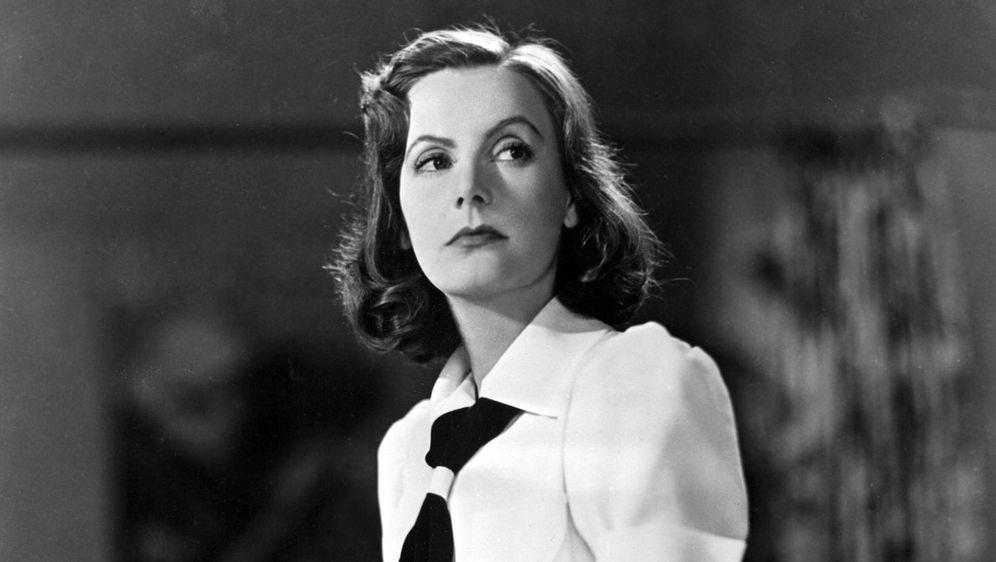 "Greta Garbo u sceni iz filma ""Ninočka"""