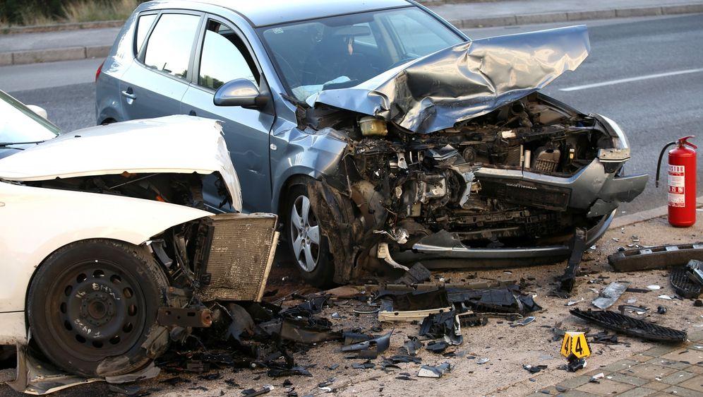 U sudaru dva auta u Šibeniku ozlijeđeno više osoba (Foto: Dusko Jaramaz/PIXSELL) - 13