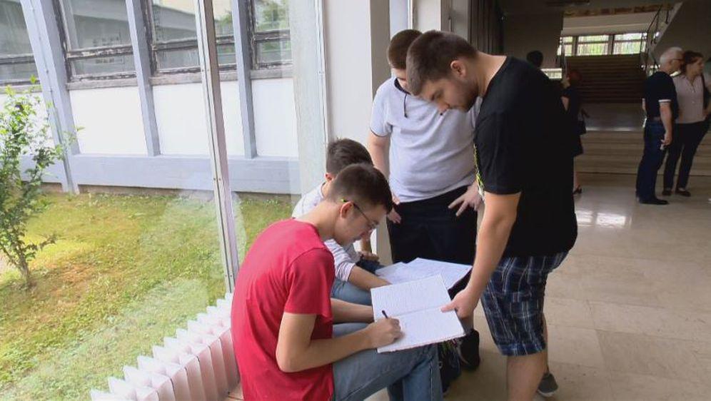 Maturanti uče (Foto: Dnevnik.hr)