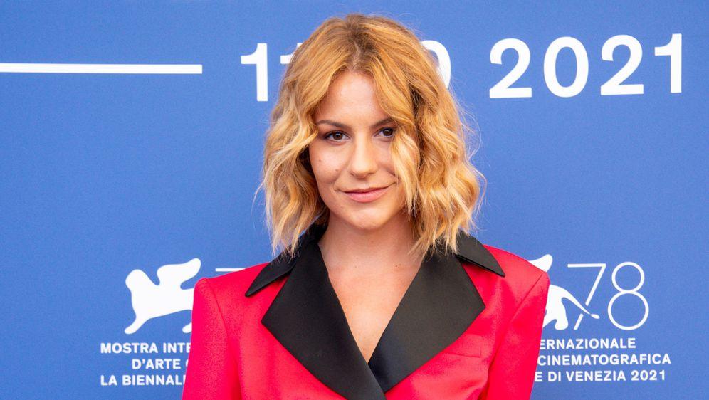 Glumicu Tihanu Lazović Vogue je proglasio jednom od najbolje odjevenih na festivalu u Veneciji